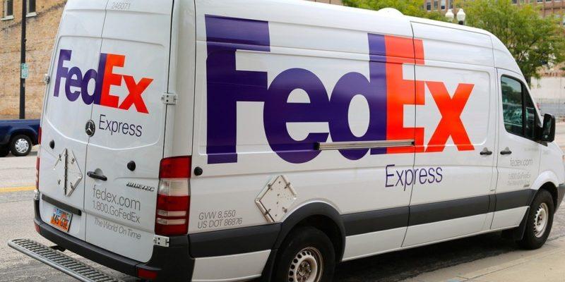 Send pakker med FedEx